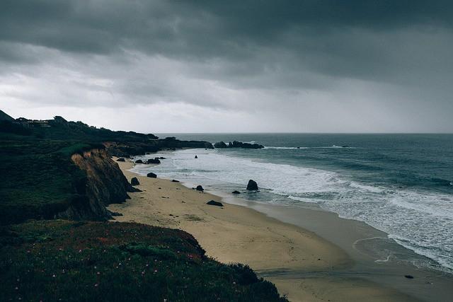 beach-371227_640