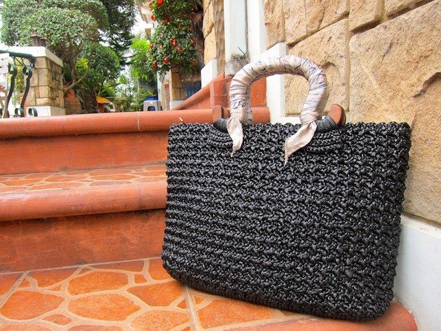 The quality of the bags is excellent, the designs simple and beautiful.